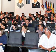 Cerca de 80 agricultores e técnicos, e representantes de outras entidades, participaram na Reunião no auditório da Câmara Municipal do Cadaval